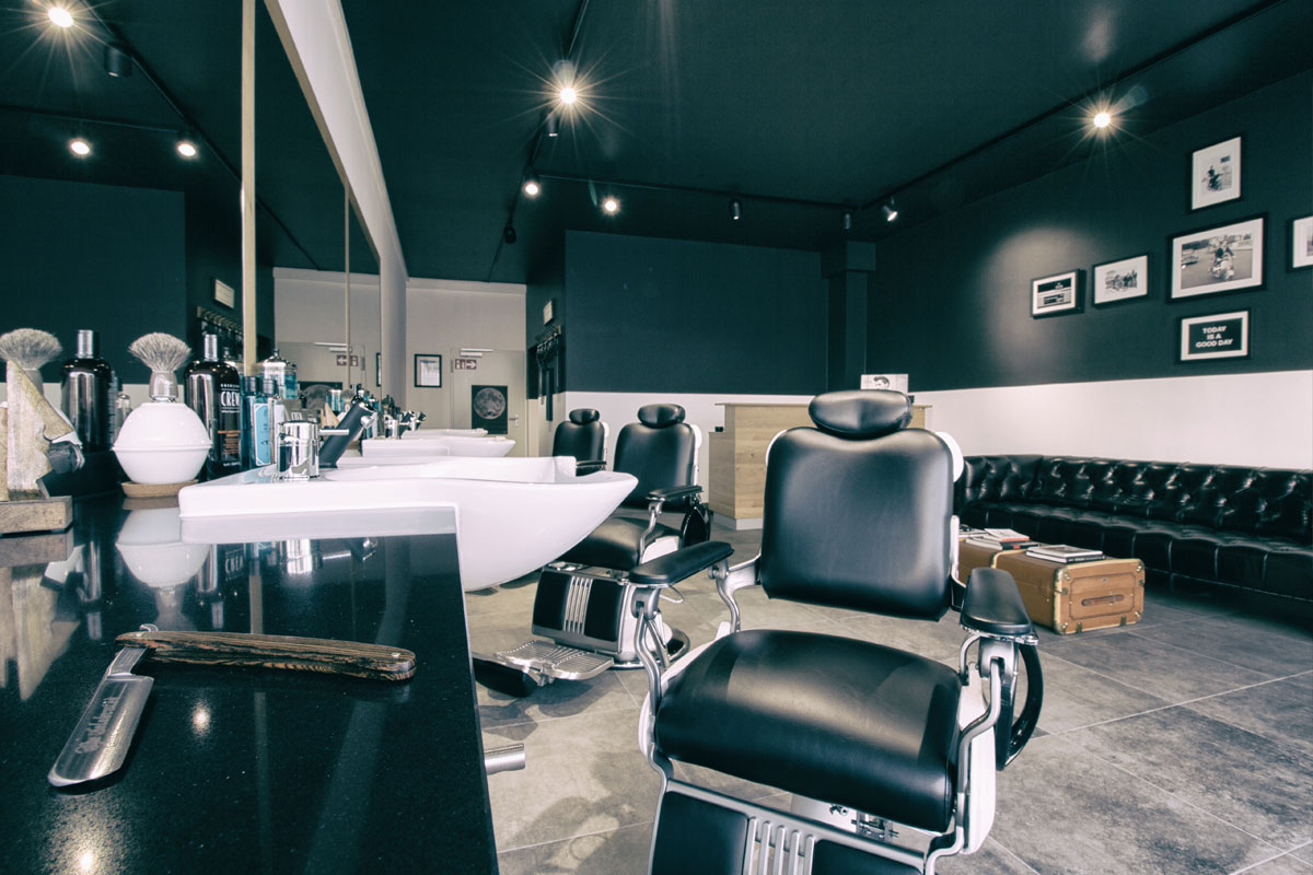 friseur olgaeck stuttgart herrenhaus barbershop u2013 barbershop am charlottenplatz. Black Bedroom Furniture Sets. Home Design Ideas